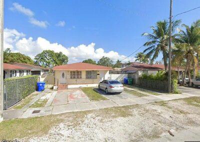 Miami, FL 33135