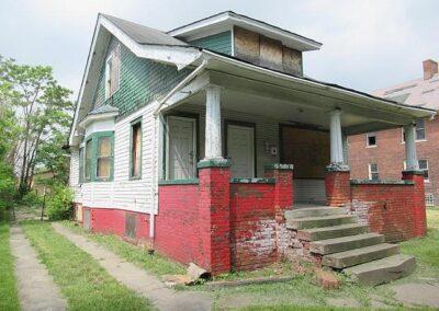 Detroit, MI 48208