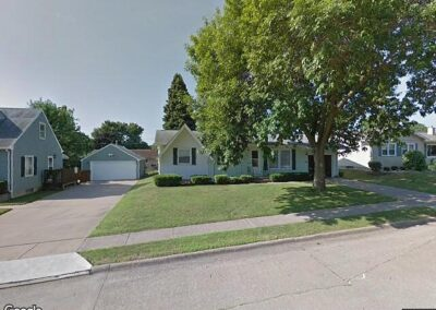 Davenport, IA 52804