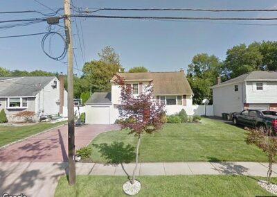 West Islip, NY 11795