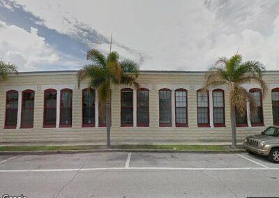Tampa, FL 33605