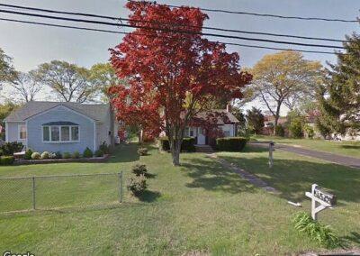 Holtsville, NY 11742