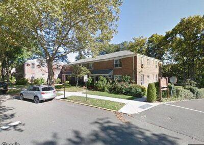 Roslyn Heights, NY 11577