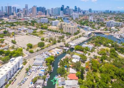 Miami, FL 33136