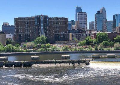Minneapolis, MN 55401